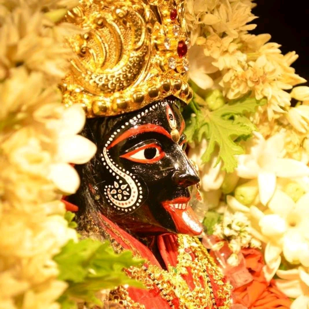 Celebrating Kali Puja in Calcutta