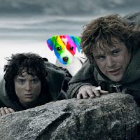 El perro arcoíris sonríe en Cice en Mordor con Frodo y Sam.