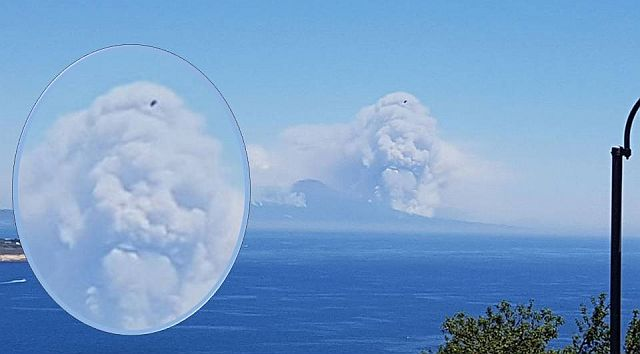 Terrifying Skull Cloud Appears Over A Dead Volcano In Italy