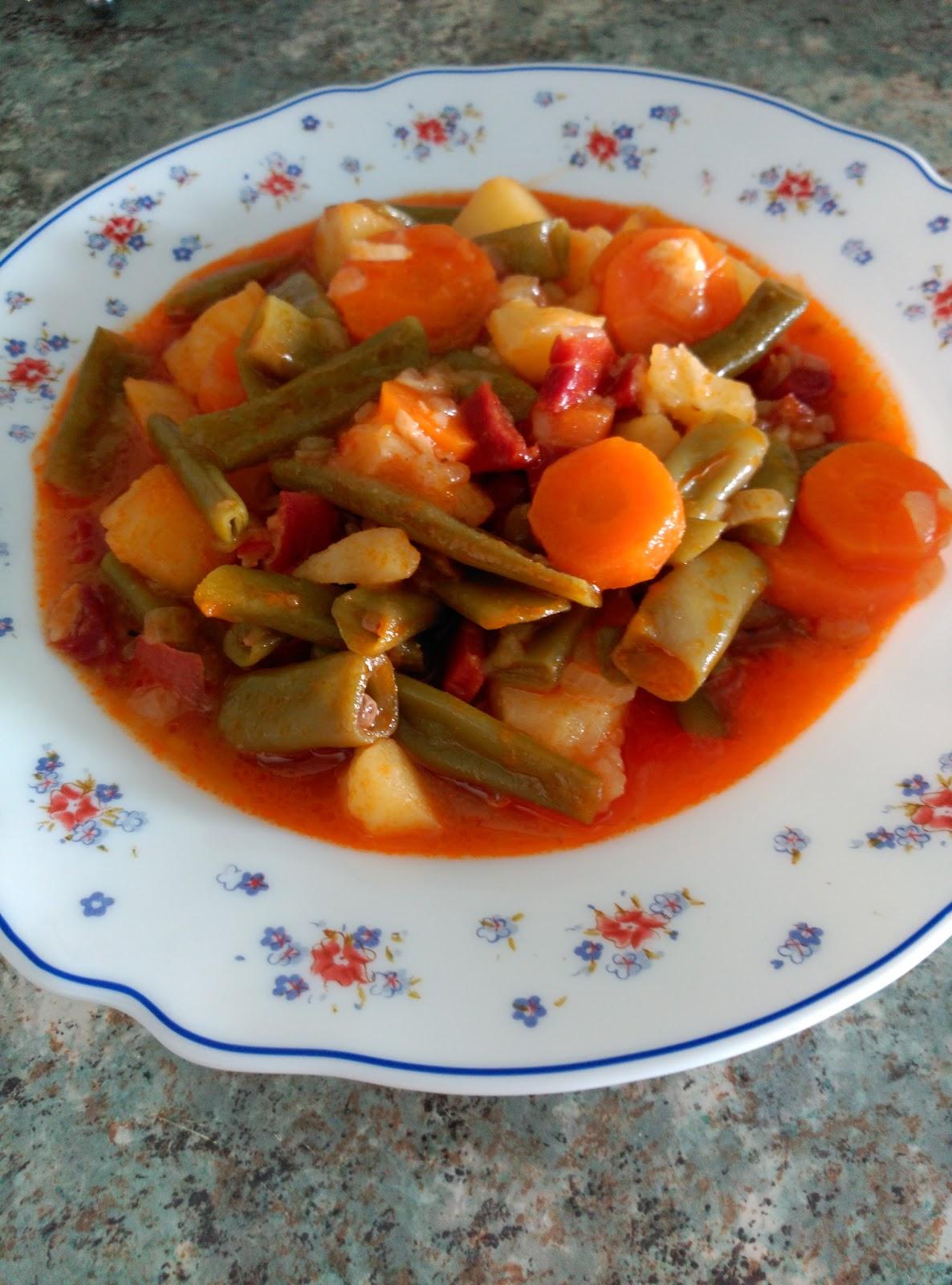 La cocina de isa judias verdes a la jardinera en olla gme - Judias verdes en olla express ...