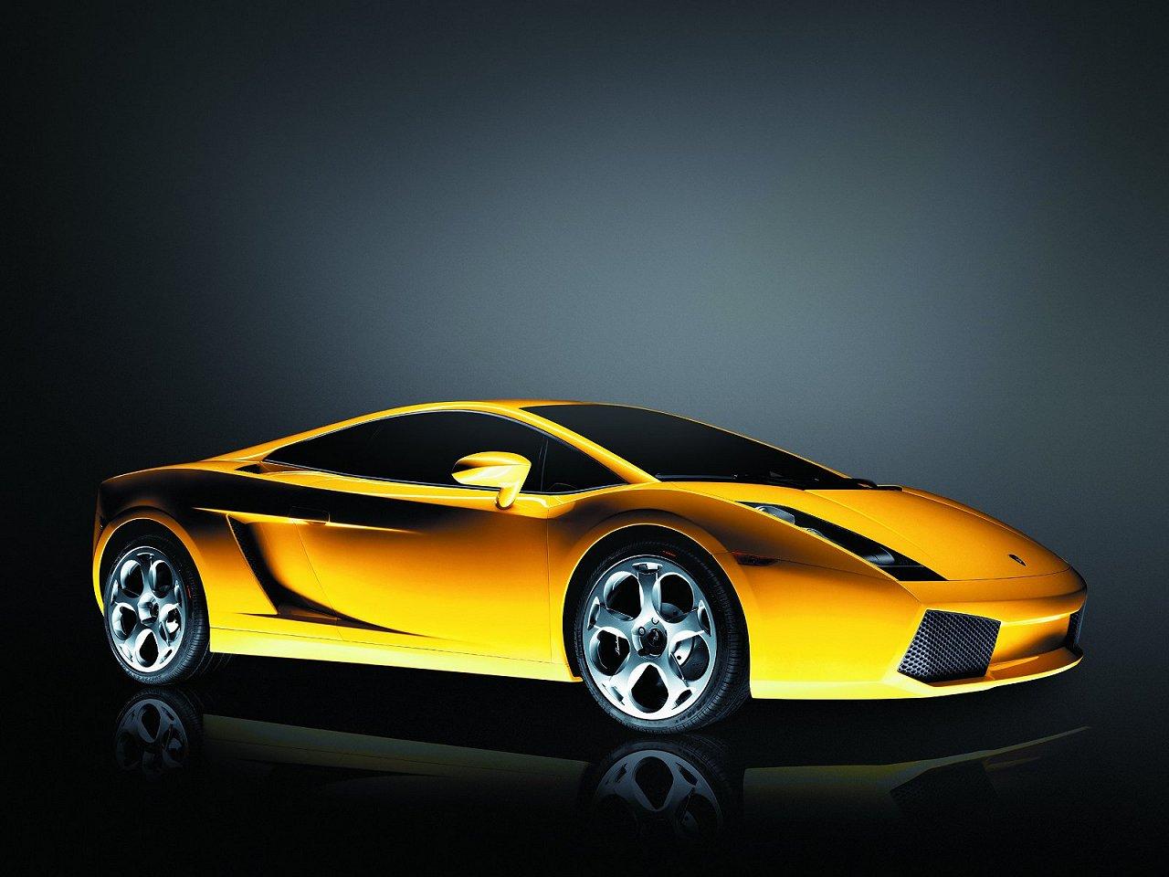 The Amazing Car Lamborghini Wallpaper