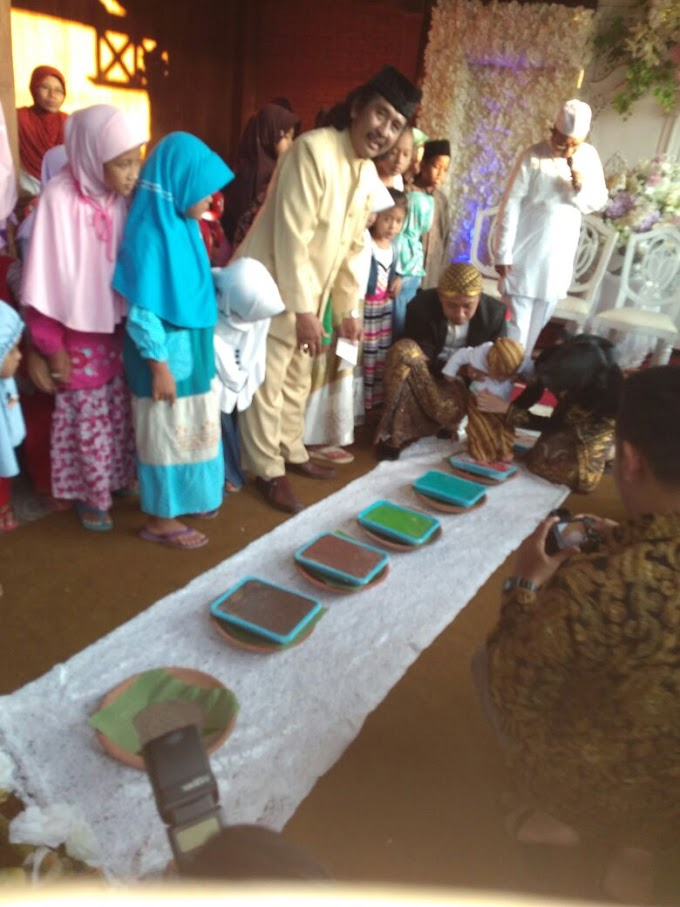 Tedak Siten, Ritual Adat Turun Tanah Pertama Kali Bagi Bayi