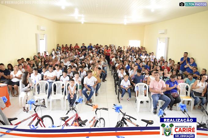 """Educação realizou a cerimônia de entrega das premiações dos projetos """"Eu Chego Lá"""", """"Redamil"""" e """"Leitores Brilhantes"""""""
