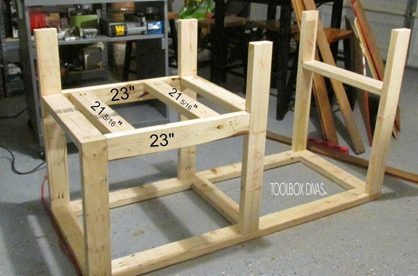 Table Saw Workbench with Wood Storage on
