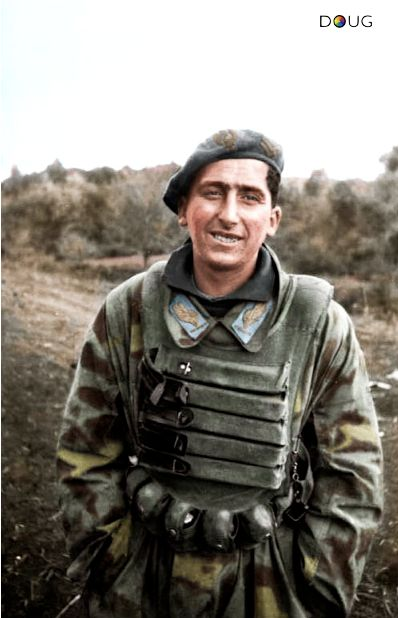 Italian 184th Paratroopers Division Nembo color photos of World War II worldwartwo.filminspector.com