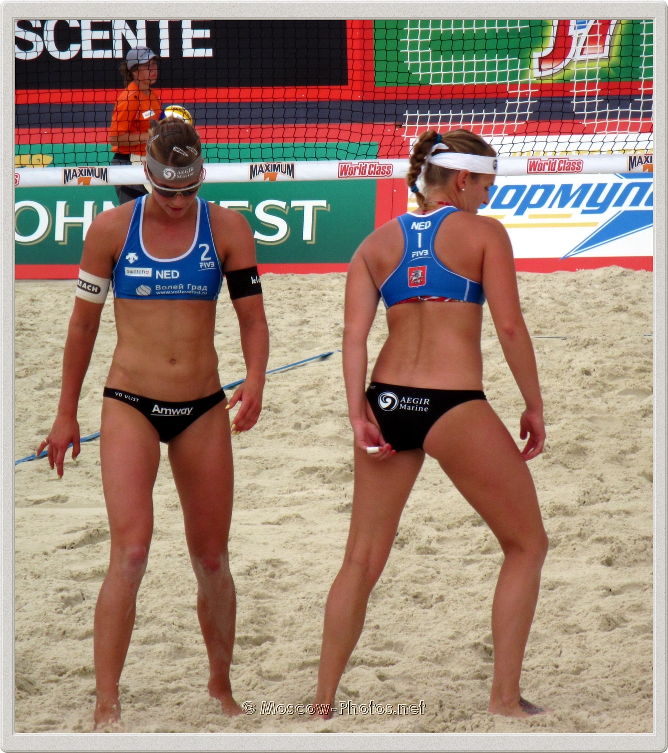 Dutch Beach Volley Players Jantine van der Vlist & Roos Van der Hoeven