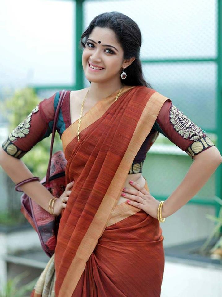 Malayalam Actress Abhirami Suresh Hot Pics in Beautiful ...