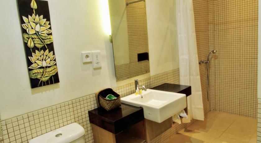 Pondok Sari Hotel Kuta 11