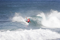 33 Kelly Slater Billabong Pipe Masters foto WSL Damien Poullenot