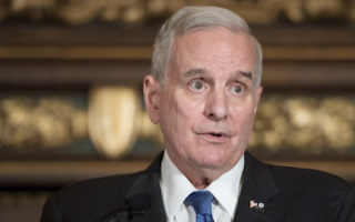 Gov. Dayton says he disagrees with kneeling protests, but also with Trump's response