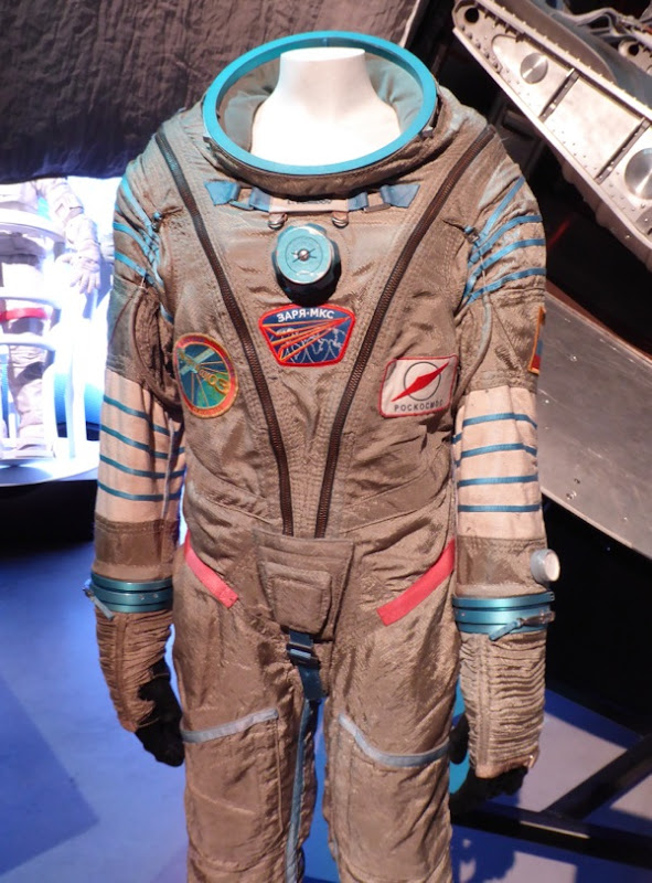 Gravity Ryan Stone Sokol pressure suit