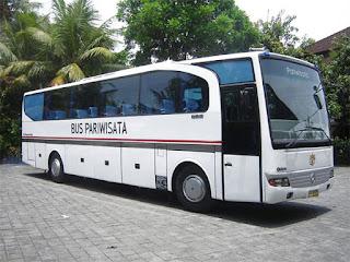 Sewa Bus Pariwisata di Bukittinggi OH 45 Seat