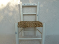 chaise-bois-enfant-personnalisée-cadeau-de-naissance