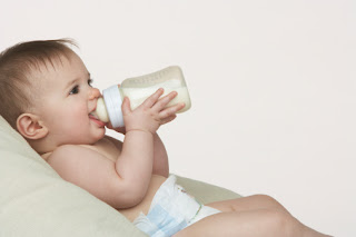 How to caring for baby's feeding bottle