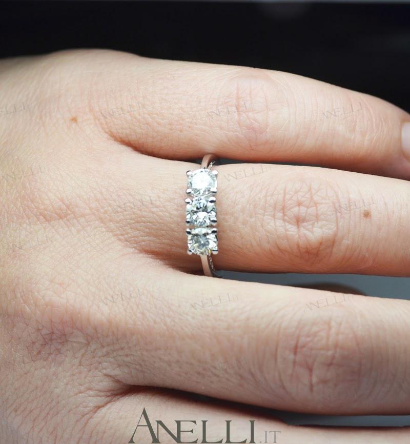 che anello si regala per il fidanzamento