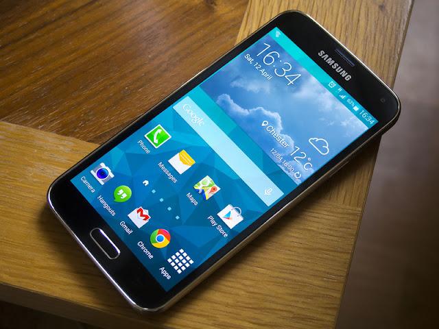 Uçaktan Düşen Galaxy S5 Video Çekmeye Devam Etti