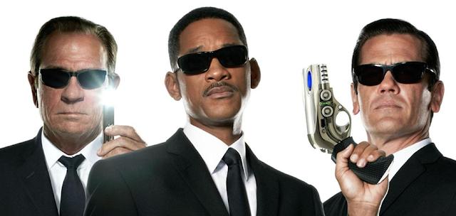 Tommy Lee Jones, Will Smith şi Josh Brolin în Man In Black 3