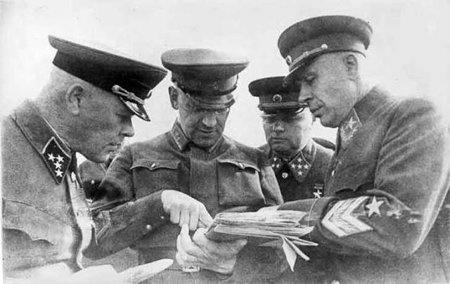Generals Pavlov, Purkayev, Meretskov, Timoshenko, 1940, worldwartwo.filminspector.com