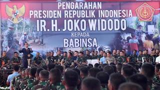 Presiden Jokowi memberikan pengarahan kepada Babinsa./Foto/Biro Pers Setpres/