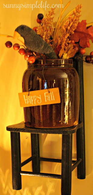 hanging chair, fall sign, prim crow