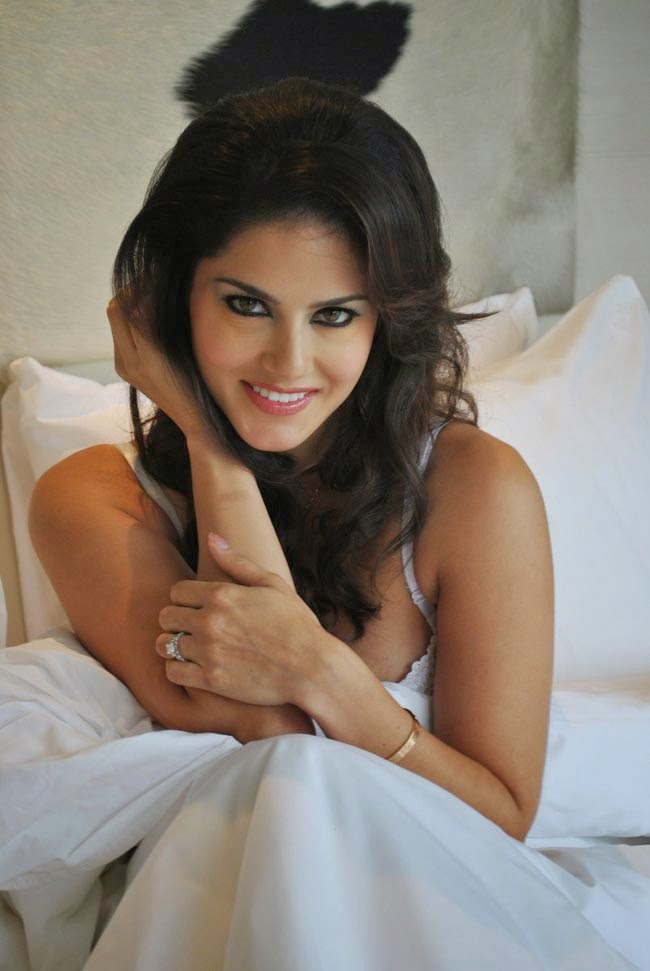 Sunny Leone Hottest Pics Ever Download Free  Hot Wallpapers-7156