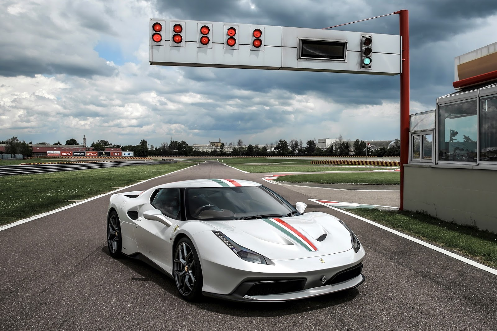 Motoring-Malaysia: SUPERCAR NEWS: The 458 MM Speciale - The latest ...