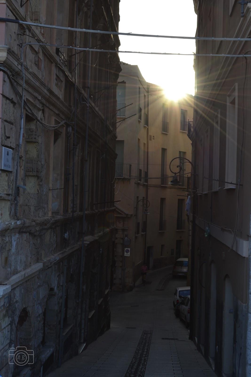 Cagliari, Sardegna, Sardaigne, soleil, rue , strada