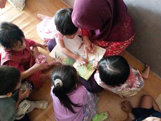 Cara Terampil Memberikan Cerita Dongeng kepada Anak