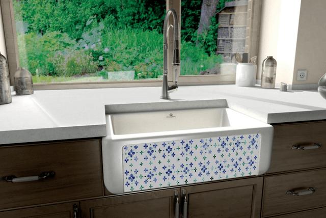 El fregadero de acero inoxidable o de otro material for Fregaderos de porcelana para cocina