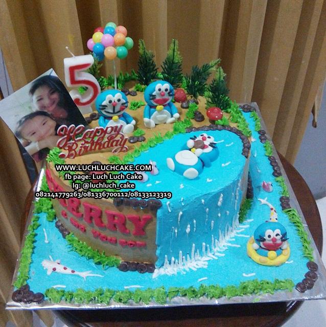 Luch Luch Cake Kue Ulang Tahun Doraemon Lucu Dan Unik