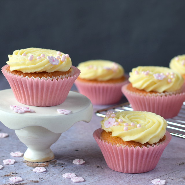 lemon elderflower wedding cake recipe only crumbs remain lemon amp elderflower cupcakes 16797