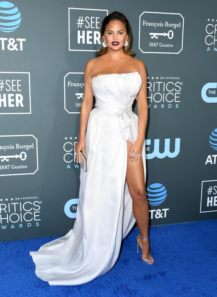 Chrissy Teigen - 24th Annual Critics' Choice Awards in Santa Monica 01/13/19