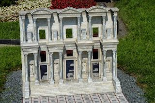 Miniatürk, Biblioteca de Celso en Éfeso.