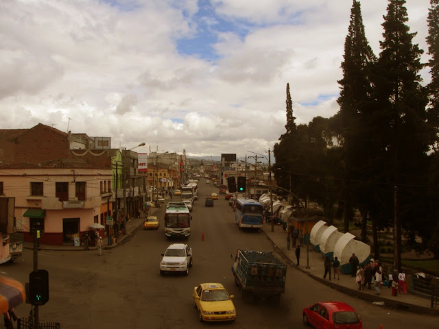 Tiger in our Car : Taking the Bus from Quito to Baños in Ecuador