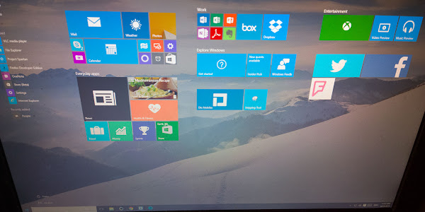 Windows 10 build 10061
