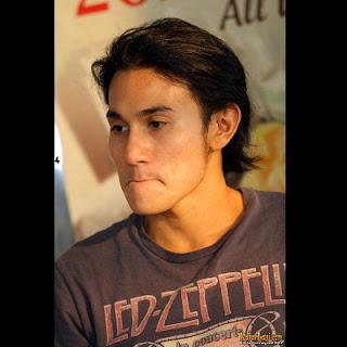 Model Rambut Aktor Vino G Bastian