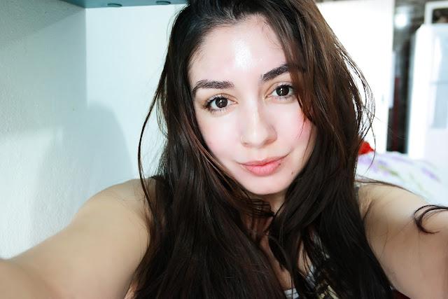 pele com manchas, tratamento , clarear a pele, ácido, vitamina c, cuidados com a pele