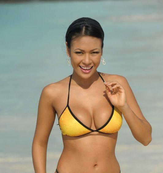 Boricuas En Bikini 13
