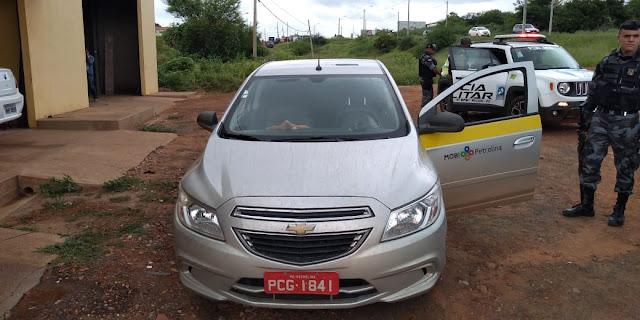 Casal é preso em Picos suspeito de roubar carro e matar proprietário a pauladas