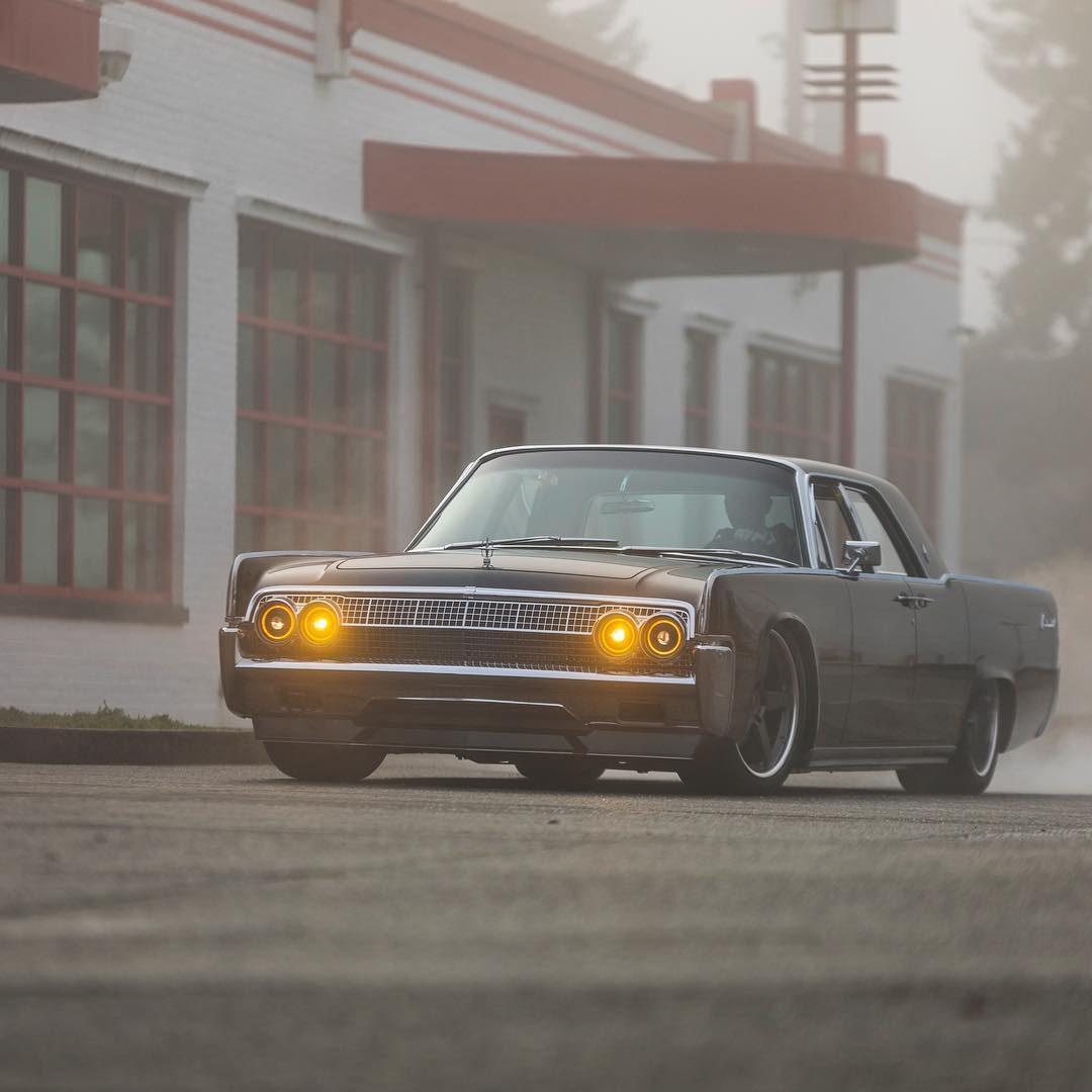 1963 Lincoln Continental 4