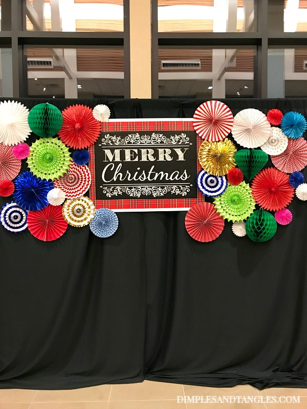 Christmas Photo Booth Backdrop With Paper Party Fans Dimples And