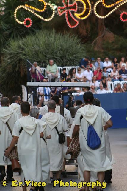 http://www.morosycristianos.club/component/joomgallery/alicante/moros-y-cristianos-san-blas-alicante-2016-ervieco
