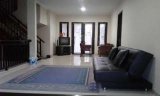 Ruangan santai lantai 2