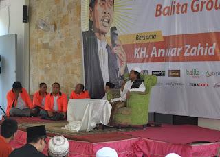 Nuansa Syawalan ala Balita Group dengan mendatangkan KH Anwar Zahid