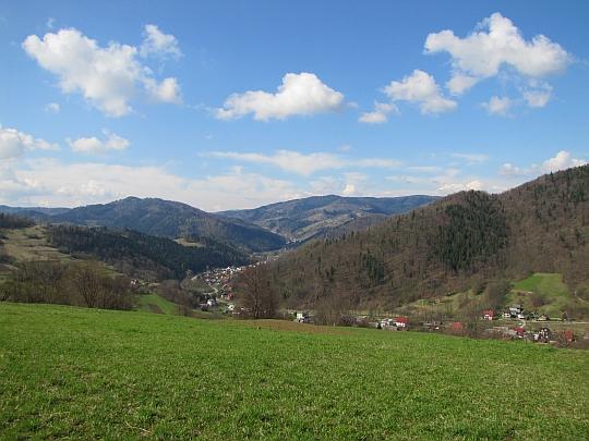 Dolina Łomniczanki (widok w kierunku południowo-zachodnim)