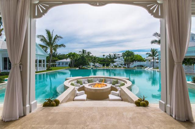Celine Dion's Florida mansion pool