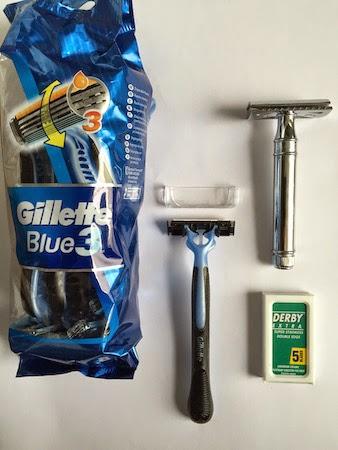 comment réduire ses déchets et faire du 0 déchet ? salle de bain minimaliste et rasoir mécanique