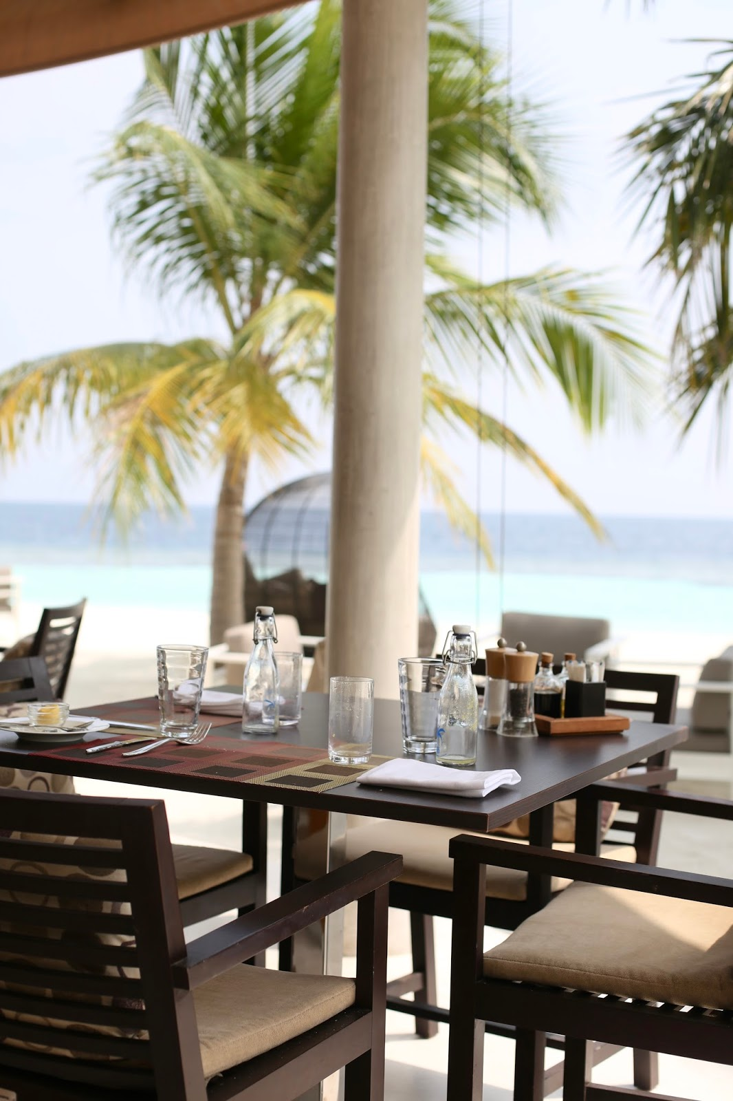lunch at kandolhu maldives