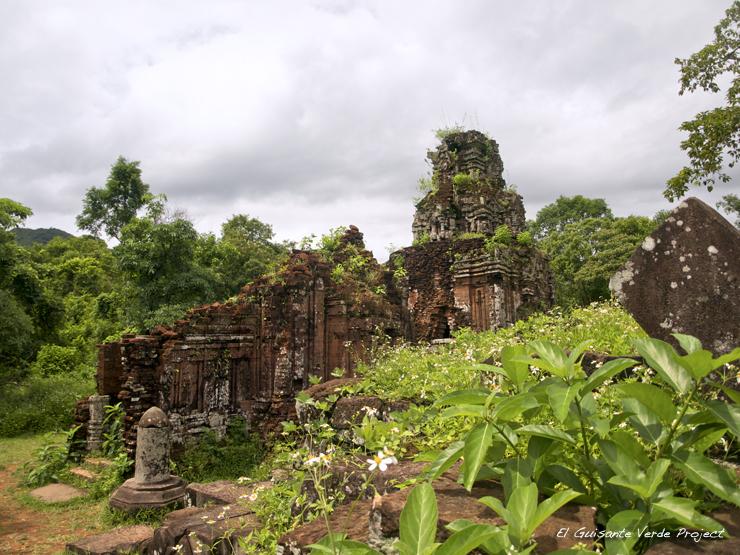 Templos Cham en My Son - Vietnam por El Guisante Verde Project