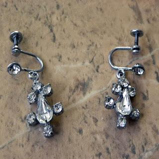 Clear diamante vintage screw back earrings dangles